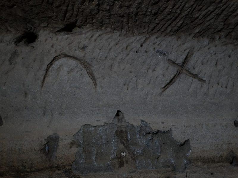 La Grotta Dei Numeri Etruschi