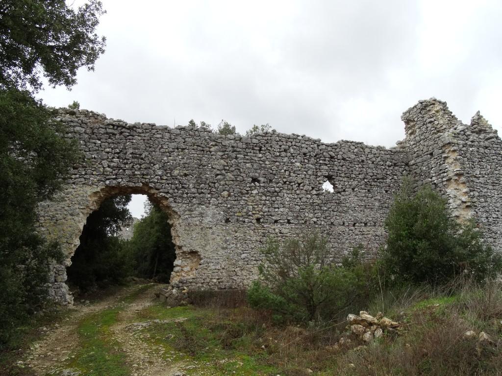 Risultati immagini per guardea castello di poggio